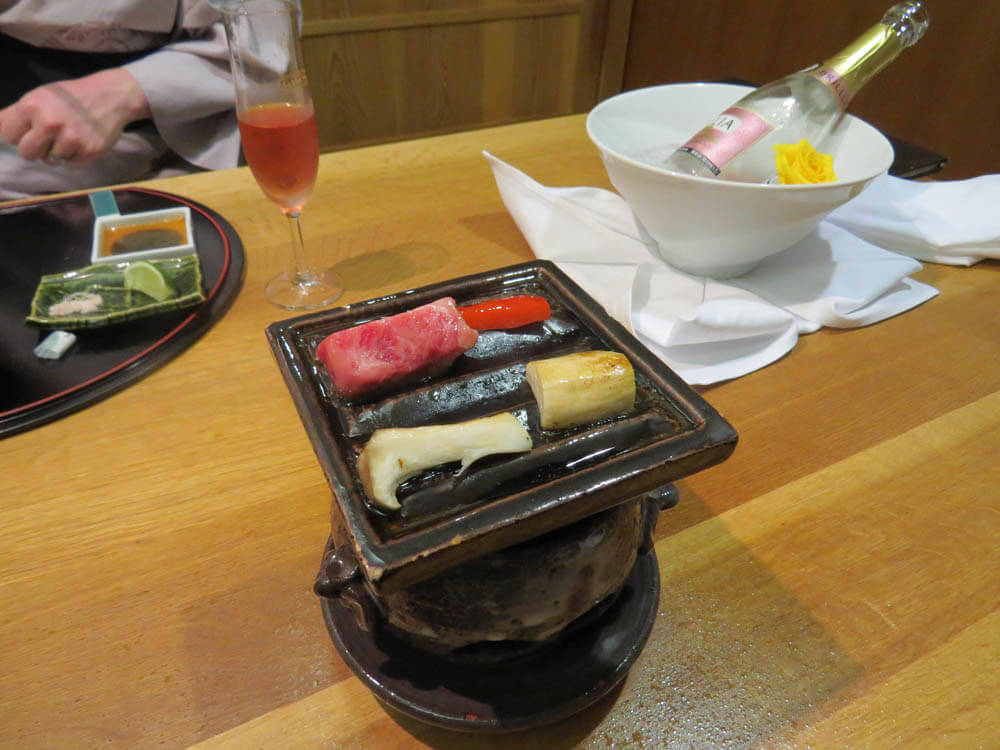 Yakimono - grilled vegetables and Hida beef